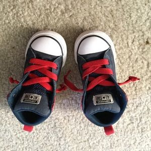 Converse All Star toddler boys sneakers size 9